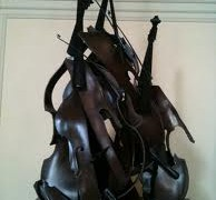 Lufthansa screws cellists