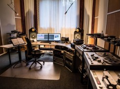 Whatever became of the exquisite Philips studios in Holland?
