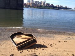 washed up piano3