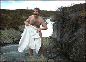 andsnes-nude-in-fjord