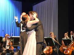 True romance: Soprano is bowled over by stage proposal
