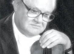 lee-ousley-w-violinjpg-e05c5c50073e7c76