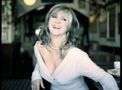 Just in: Lesley Garrett to star in gay nightclub opera