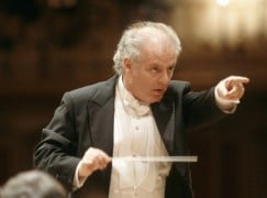 Barenboim: Europe needs unified migrant policy