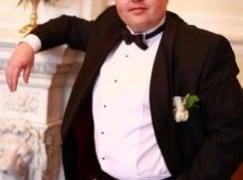 Tragic death of tenor and opera house boss