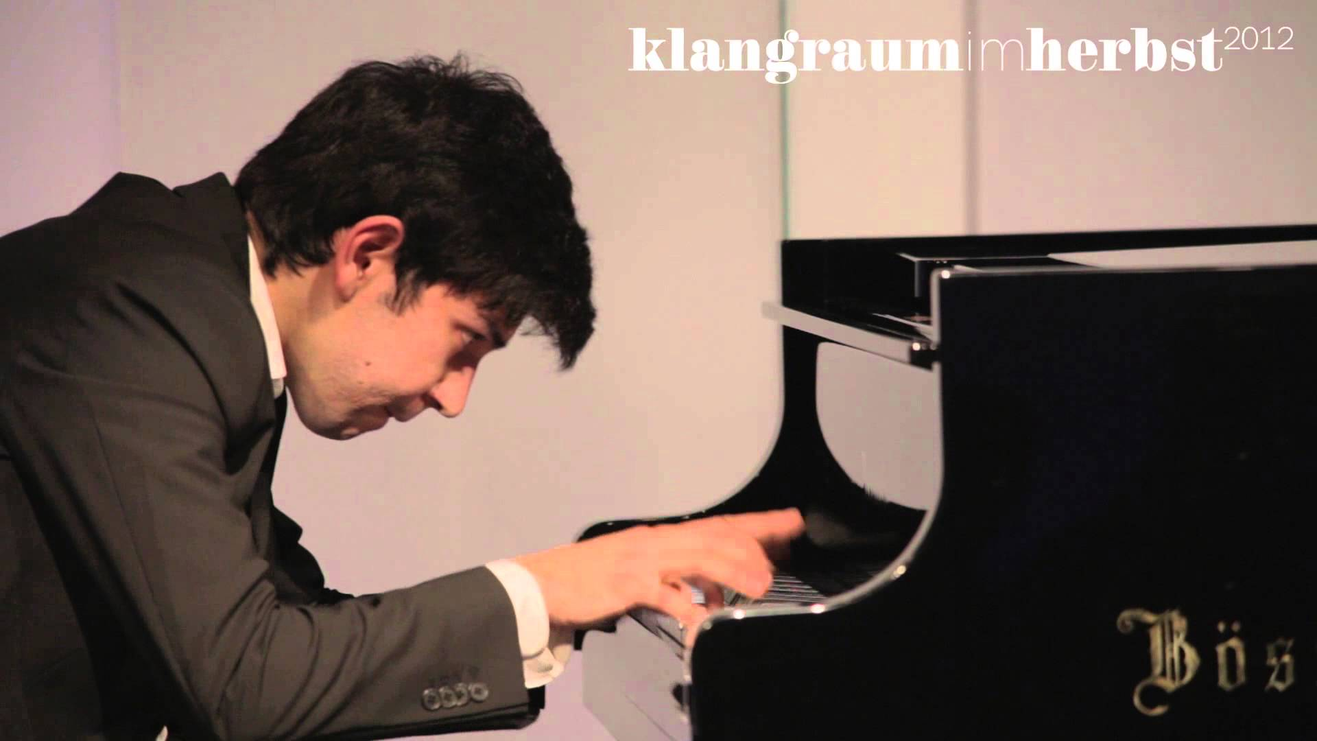 The soloist who played the wrong piano