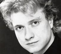 Major piano prizewinner dies, aged 44