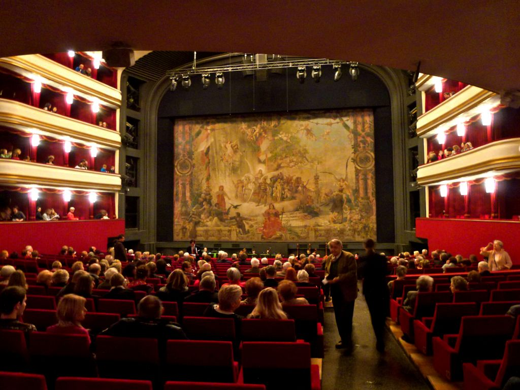 Vienna switches Carmen for Peter Pan