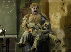 Stephen-Gould-Siegfried-Act1