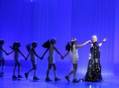 "A scene from ""A Midsummer Night's Dream"" by Opera North @ Leeds Grand Theatre (opening 3-05-08) ©Tristram Kenton 05/08 (3 Raveley Street, LONDON NW5 2HX TEL 0207 267 5550  Mob 07973 617 355)email: tristram@tristramkenton.com"