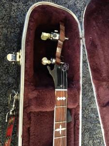 eli gilbert's banjo2