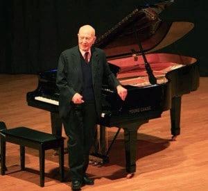 george Hadjinikos1