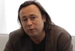 France names Luc Bondy's successor