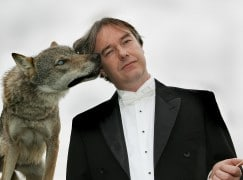 mark-stephenson-with-real-wolf-c-philharmonia-orchestra