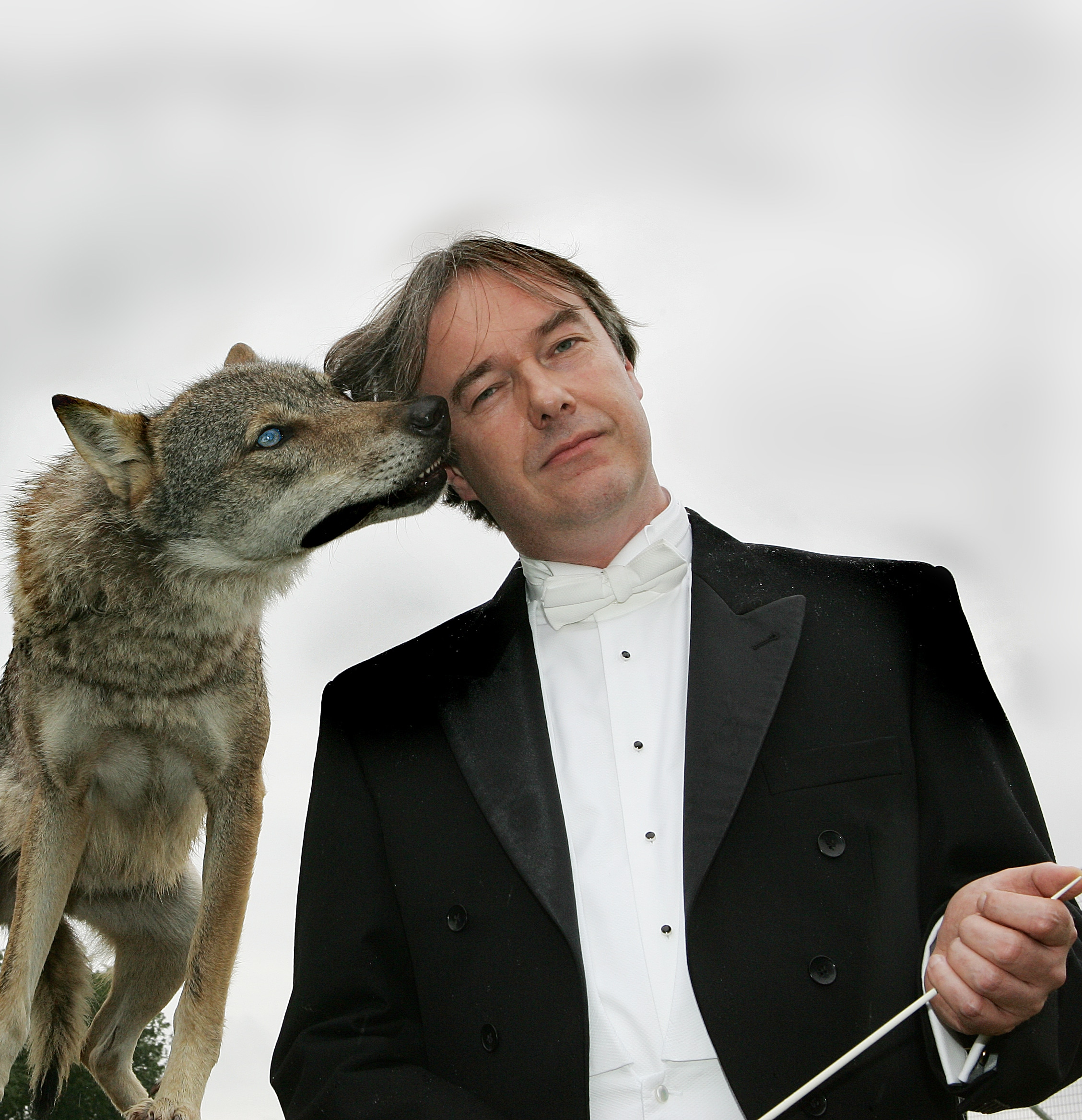 Just in: British conductor to lead in Iran