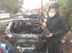 Homeless orchestra musician loses all he owned in a car fire