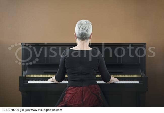 pianist rear