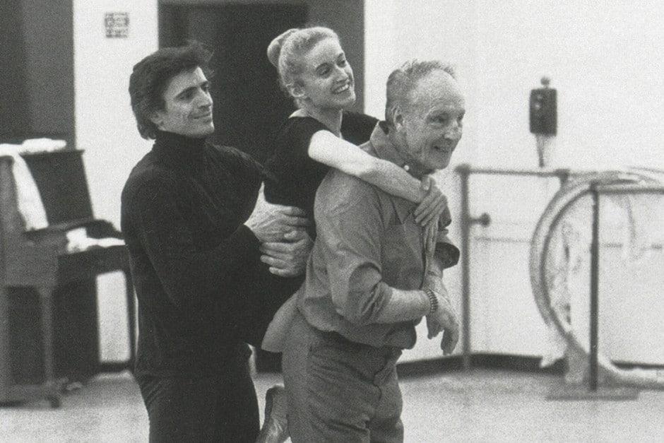 Ballet legend dies, aged 82