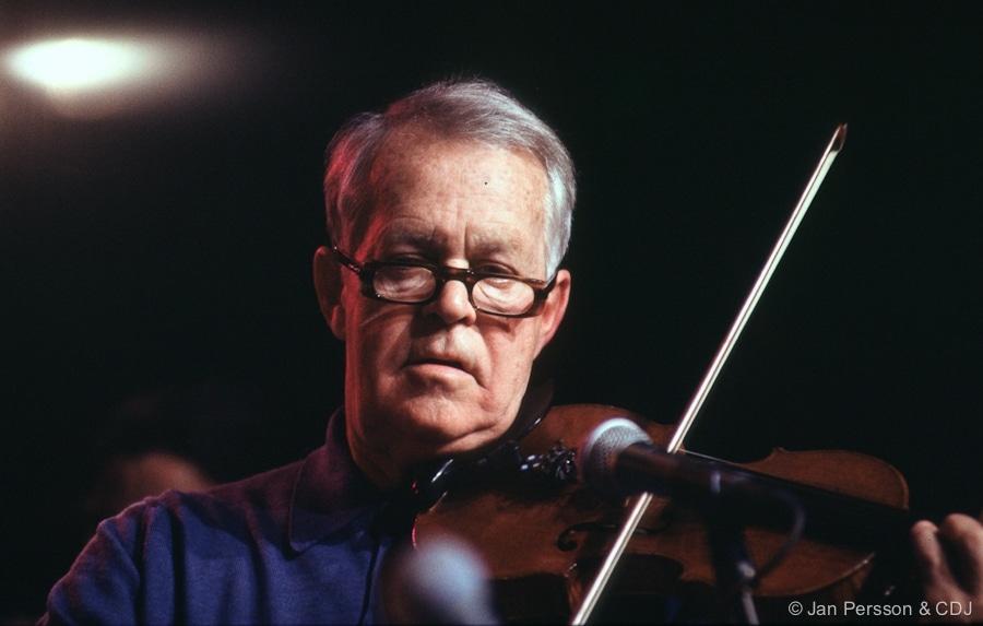 Jazz violinist turns 100