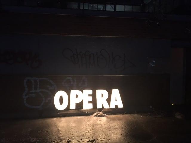 opera graffiti
