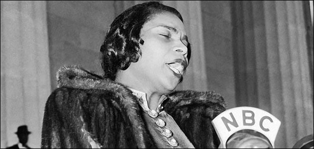 Philadelphia erects belated statue to Marian Anderson