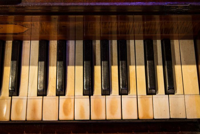 The prisoner who built a piano from cardboard boxes