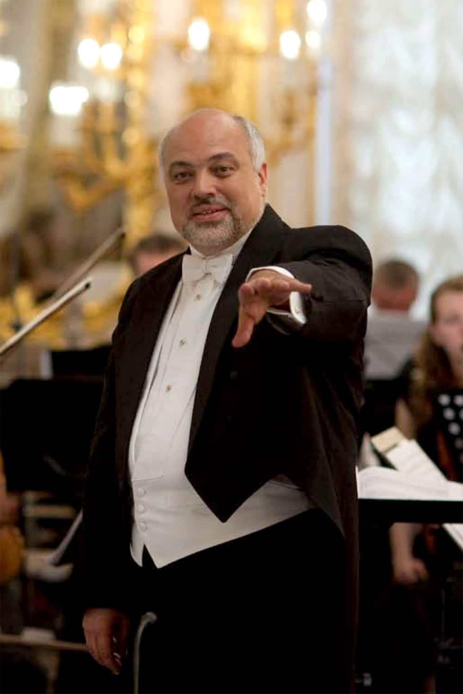 Awakening New York City Opera names a music director