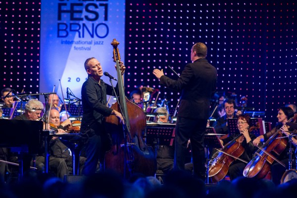 Label news: Sony signs Israeli bassist