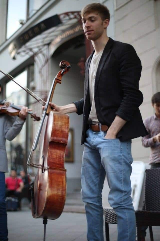 Cellist is arrested in Moscow, charged with 'organising a rally'