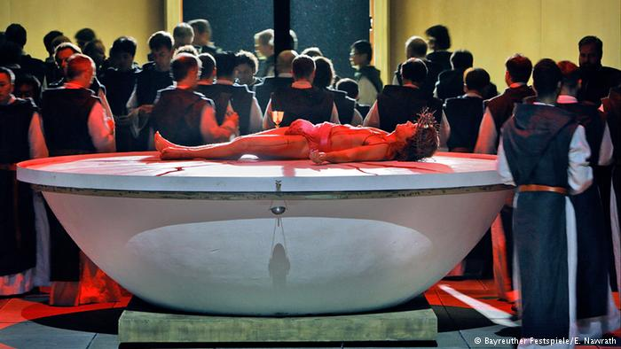 Critical bloodbath? First verdicts on Bayreuth's IS-themed Parsifal