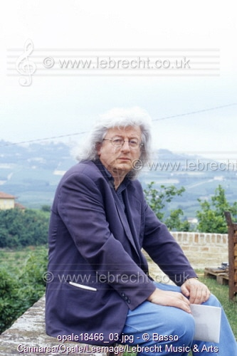 In his only work of music, a great Hungarian writer warns against putting up fences