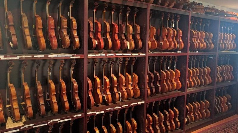 Congress to buy 263 violins from Bob Dylan sidekick