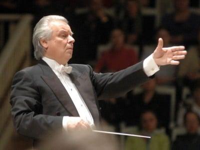 Philharmonic sells 100,000 season subscriptions