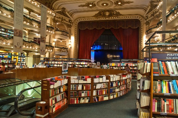 The music theatre that became a bookstore