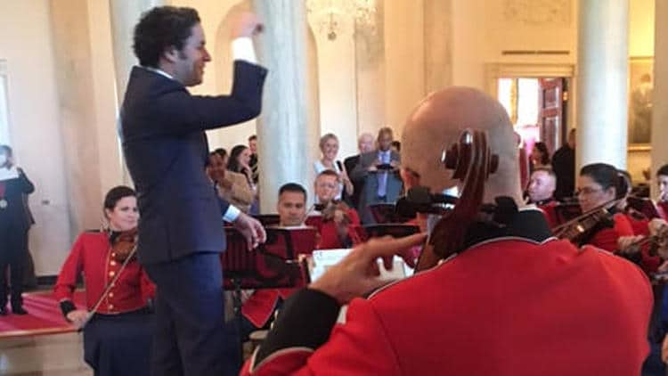Unprompted, Dudamel conducts at the White House