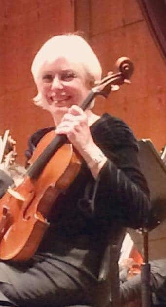 NY Philharmonic viola in emotional farewell
