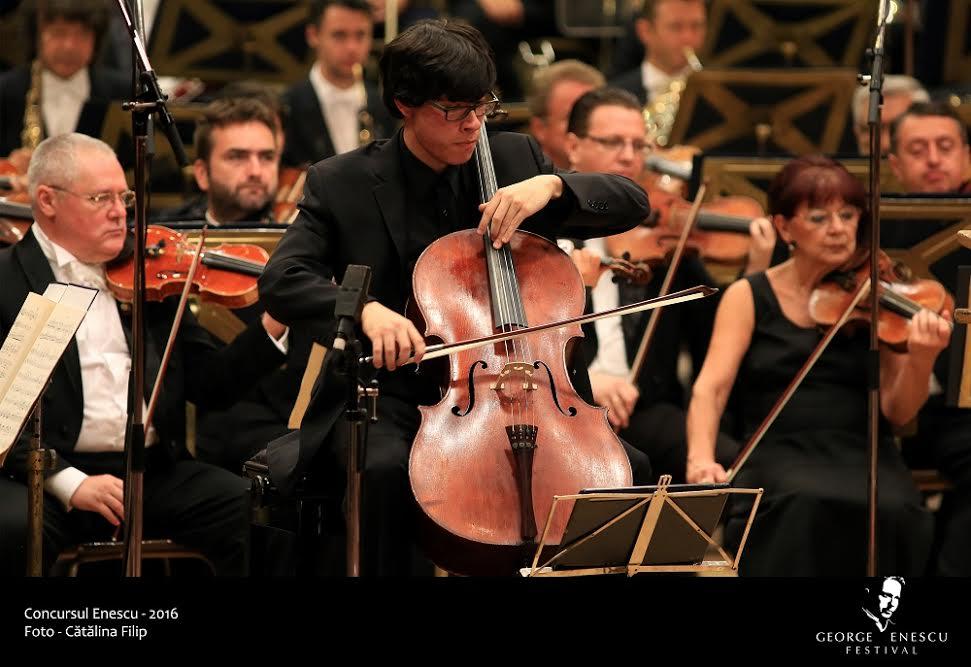 US cellist wins Enescu contest
