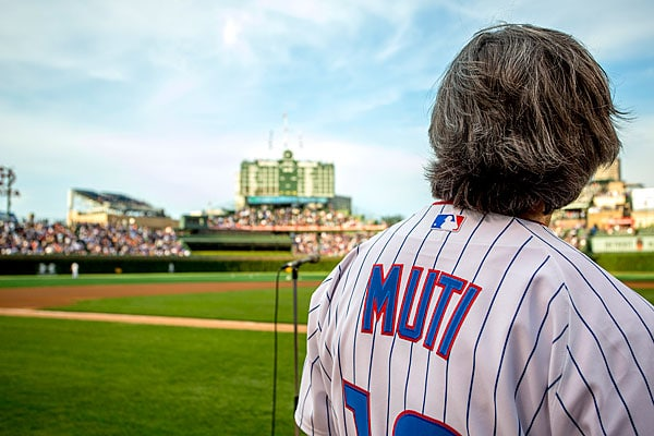 Riccardo Muti plays ball in Chicago
