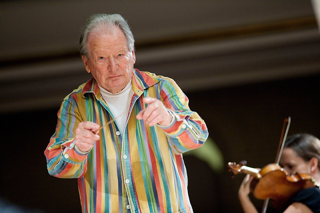 neville-marriner-coloured-shirt
