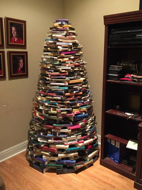 How To Make A Book Tree ~ Can you make a christmas tree out of cds slipped disc