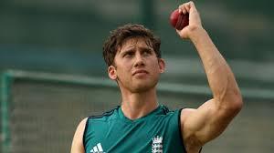 Pianist scores 32 for England v India