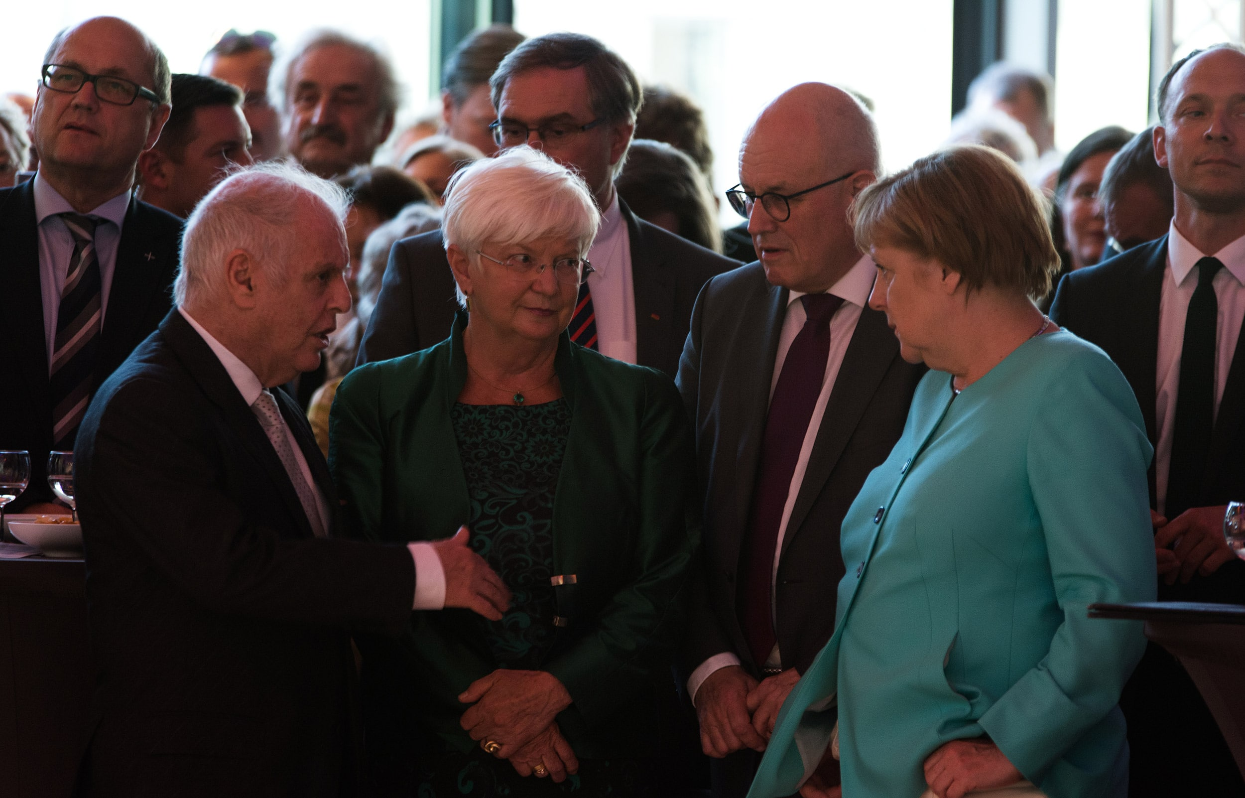 Angela Merkel: Germany can't do more for artists, or Italians will say we are rich