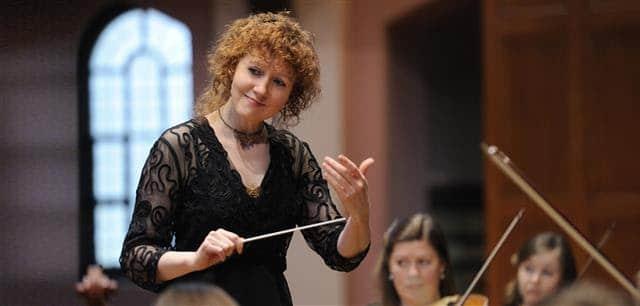 CAMI signs baroque conductor