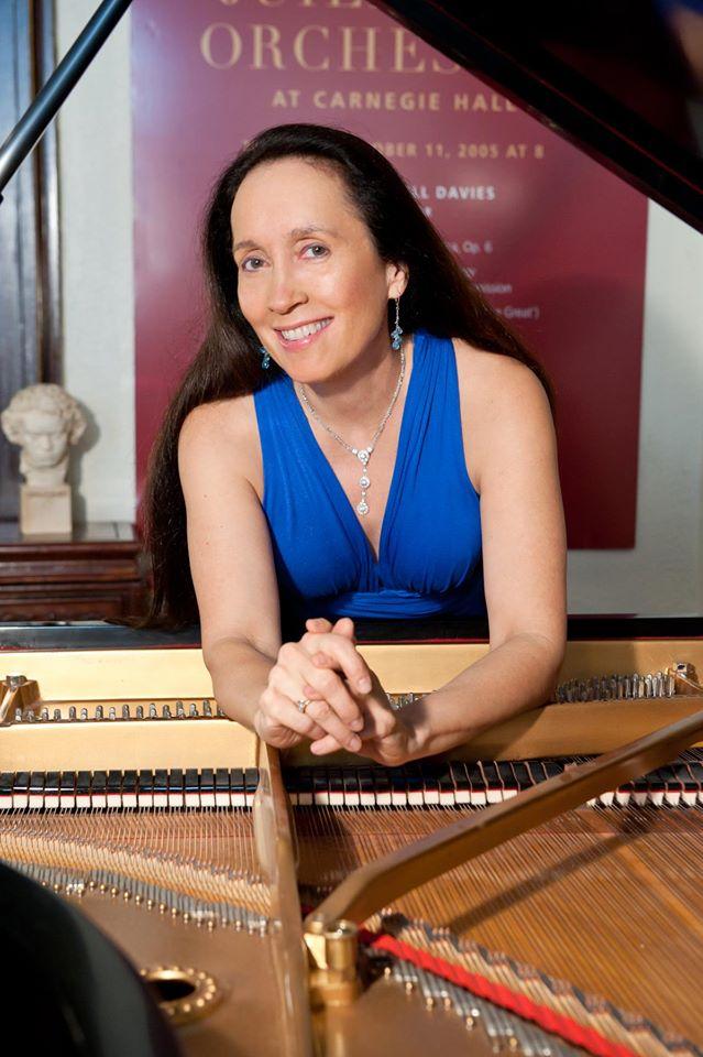 Piano teacher, 63, sues Juilliard for age discrimination