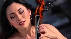 Shanghai cellist sews up the games scene
