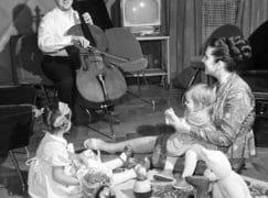 Record prices for Rostropovich cellos