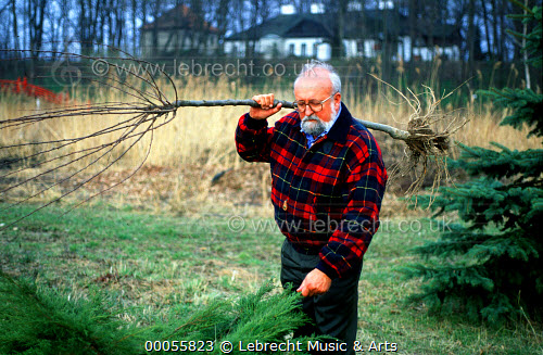 Penderecki is forced to deny Communist spy activity
