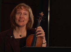 Five orchestra players get rewarded for community work