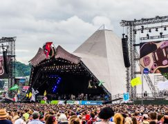 The UK okays concert for 50,000