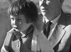 Khrushchev's granddaughter is killed by a Moscow train